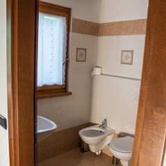 Отель Val Rendena Village Пинцоло ванная фото 2