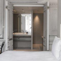 Отель La Maison Champs Elysées Франция, Париж - отзывы, цены и фото номеров - забронировать отель La Maison Champs Elysées онлайн ванная фото 2