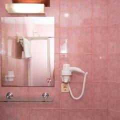 Отель Belcehan Beach ванная