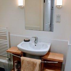 Отель 1 Bedroom Penthouse Apartment On Royal Mile Великобритания, Эдинбург - отзывы, цены и фото номеров - забронировать отель 1 Bedroom Penthouse Apartment On Royal Mile онлайн ванная
