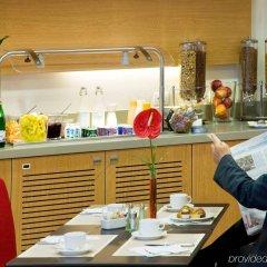 Отель Novotel Bologna Fiera Италия, Болонья - отзывы, цены и фото номеров - забронировать отель Novotel Bologna Fiera онлайн питание фото 2