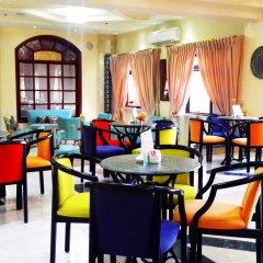 Holy Land Hotel Израиль, Иерусалим - 1 отзыв об отеле, цены и фото номеров - забронировать отель Holy Land Hotel онлайн питание фото 3