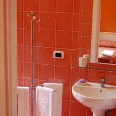 Отель Room4You B&B ванная фото 2