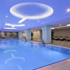Ramada Hotel & Suites Istanbul Merter бассейн