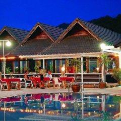 Royal Crown Hotel & Palm Spa Resort бассейн фото 3