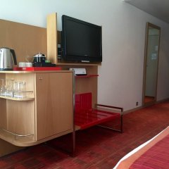 Отель Radisson Blu Hotel Toulouse Airport Франция, Бланьяк - 1 отзыв об отеле, цены и фото номеров - забронировать отель Radisson Blu Hotel Toulouse Airport онлайн удобства в номере