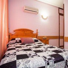 Отель Hostal Bermejo комната для гостей
