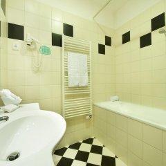 Ramada Airport Hotel Prague ванная