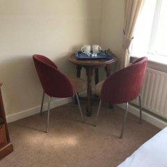 Assheton Arms Hotel удобства в номере