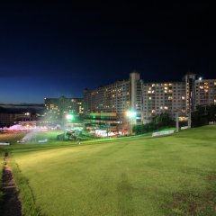 Отель Welli Hilli Park Южная Корея, Пхёнчан - отзывы, цены и фото номеров - забронировать отель Welli Hilli Park онлайн спортивное сооружение