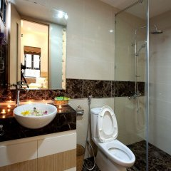 Отель Golden Diamond Hotel Вьетнам, Ханой - отзывы, цены и фото номеров - забронировать отель Golden Diamond Hotel онлайн ванная