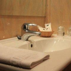 Отель Villa De Barajas Испания, Мадрид - 8 отзывов об отеле, цены и фото номеров - забронировать отель Villa De Barajas онлайн ванная