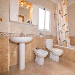 Отель Villa Bennecke Anastasia Испания, Ориуэла - отзывы, цены и фото номеров - забронировать отель Villa Bennecke Anastasia онлайн ванная