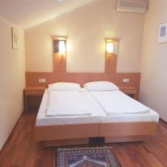 Отель HAYDN Вена сейф в номере