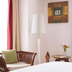 DoubleTree by Hilton Hotel Zanzibar - Stone Town сейф в номере