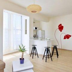 Flower Trail Apartments Израиль, Тель-Авив - 1 отзыв об отеле, цены и фото номеров - забронировать отель Flower Trail Apartments онлайн комната для гостей фото 5