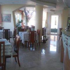 Отель Fresh Family Hotel Болгария, Равда - отзывы, цены и фото номеров - забронировать отель Fresh Family Hotel онлайн питание фото 2
