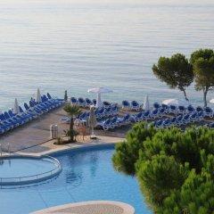 Отель Aparthotel Ponent Mar бассейн фото 3