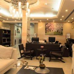 Отель Wardah Hotel Apartments ОАЭ, Шарджа - отзывы, цены и фото номеров - забронировать отель Wardah Hotel Apartments онлайн интерьер отеля фото 2
