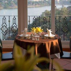 Отель Lakeside Palace Hotel Вьетнам, Ханой - отзывы, цены и фото номеров - забронировать отель Lakeside Palace Hotel онлайн питание фото 2