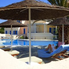 Отель Avraki Hotel Греция, Остров Санторини - отзывы, цены и фото номеров - забронировать отель Avraki Hotel онлайн бассейн