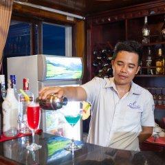 Отель Halong Lavender Cruises гостиничный бар