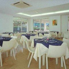 Отель Felsinea Италия, Римини - отзывы, цены и фото номеров - забронировать отель Felsinea онлайн питание