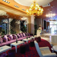 Crystal Hotel Belgrade гостиничный бар
