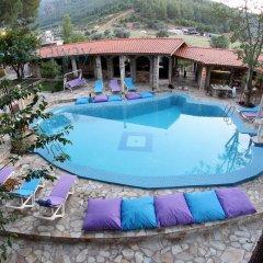 Отель Atilla's Getaway бассейн фото 3