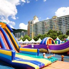 Отель Welli Hilli Park Южная Корея, Пхёнчан - отзывы, цены и фото номеров - забронировать отель Welli Hilli Park онлайн бассейн фото 2