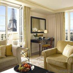 Shangri-La Hotel Paris Париж комната для гостей фото 2