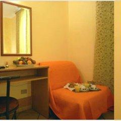 Отель Casa Mia Италия, Милан - отзывы, цены и фото номеров - забронировать отель Casa Mia онлайн удобства в номере фото 2