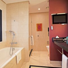 Hilton Warsaw Hotel & Convention Centre ванная фото 2