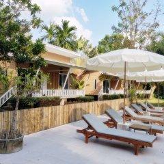 Отель Villa Cha-Cha Krabi Beachfront Resort Таиланд, Краби - отзывы, цены и фото номеров - забронировать отель Villa Cha-Cha Krabi Beachfront Resort онлайн бассейн фото 3