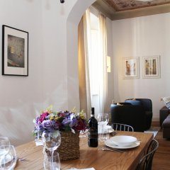Отель Duomo Apartment Италия, Флоренция - отзывы, цены и фото номеров - забронировать отель Duomo Apartment онлайн комната для гостей фото 3