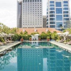 Отель Raffles Singapore бассейн фото 2