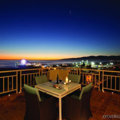 Отель Loews Santa Monica Санта-Моника балкон