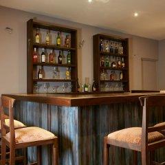 Отель Galway Forest Lodge Hotel Nuwara Eliya Шри-Ланка, Нувара-Элия - отзывы, цены и фото номеров - забронировать отель Galway Forest Lodge Hotel Nuwara Eliya онлайн гостиничный бар