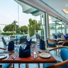 Отель Holiday International Sharjah ОАЭ, Шарджа - 5 отзывов об отеле, цены и фото номеров - забронировать отель Holiday International Sharjah онлайн питание