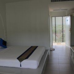 Отель Dinar Lodge пляж Банг-Тао удобства в номере