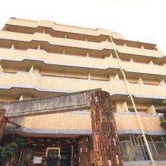 Отель Sharely Style Hakata Фукуока бассейн