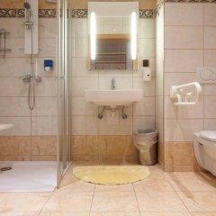 Отель Praterstern Австрия, Вена - 8 отзывов об отеле, цены и фото номеров - забронировать отель Praterstern онлайн ванная фото 2