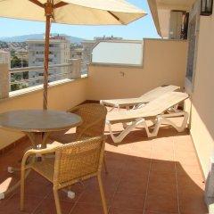 Отель Mediterraneo Real Apartamentos Turísticos Испания, Фуэнхирола - отзывы, цены и фото номеров - забронировать отель Mediterraneo Real Apartamentos Turísticos онлайн балкон