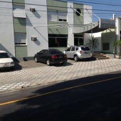 Samambaia Executive Hotel парковка