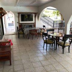 Отель Ahitea Lodge питание