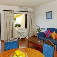 Отель Casal Das Alfarrobeiras Португалия, Виламура - отзывы, цены и фото номеров - забронировать отель Casal Das Alfarrobeiras онлайн комната для гостей фото 2