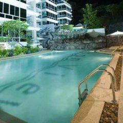 Отель Baan Karon View бассейн