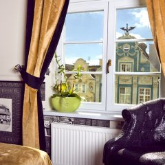 Отель Holland House Residence Old Town балкон
