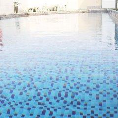 Отель Signature Inn Deira Dubái бассейн