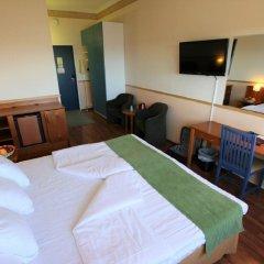 Отель Airport Hotel Bonus Inn Финляндия, Вантаа - 13 отзывов об отеле, цены и фото номеров - забронировать отель Airport Hotel Bonus Inn онлайн удобства в номере фото 2